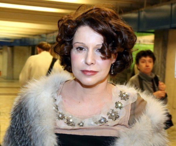 Актриса Негода