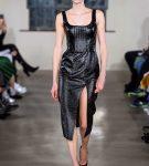 Кожаное платье из коллекции David Koma