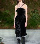 Бархатное платье от Alexachung