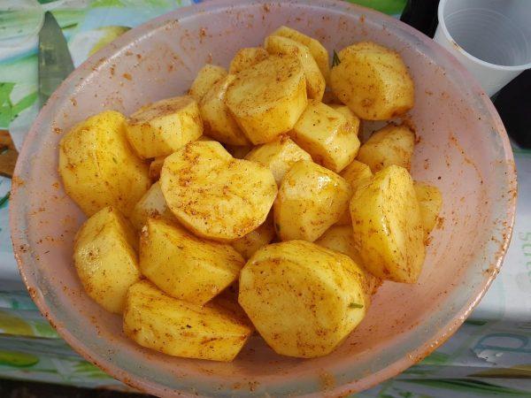 Картофель в аджике