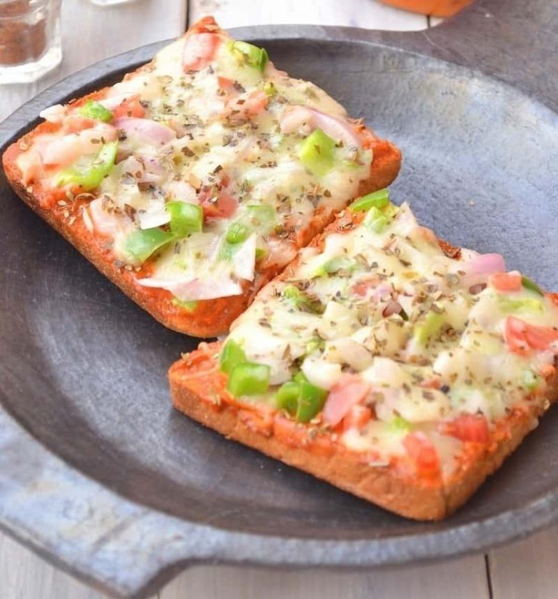 Вкусно и быстро: ароматная пицца на батоне без лишних хлопот
