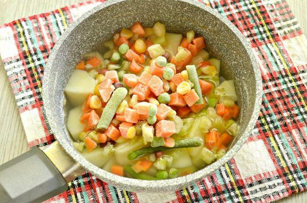 Овощи с картофелем